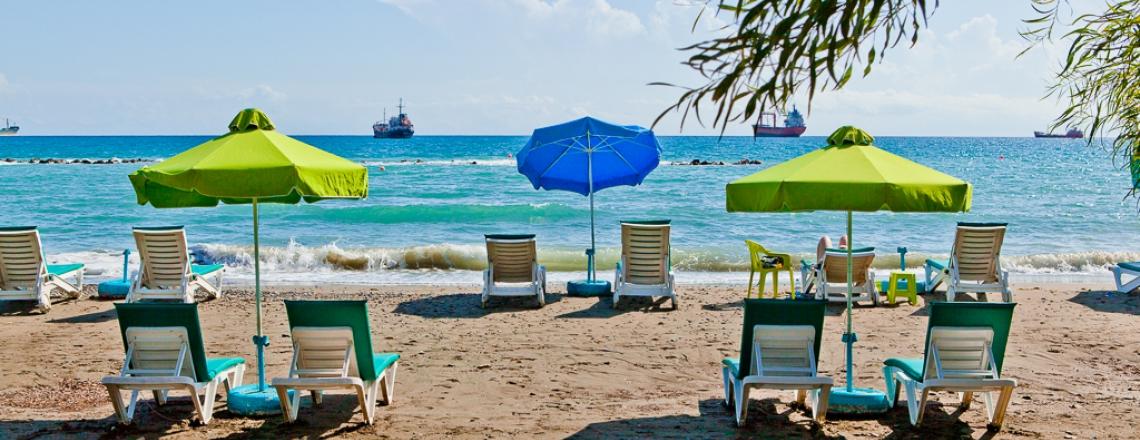 «Майами Бич», Miami Beach, пляж в центре Лимассола