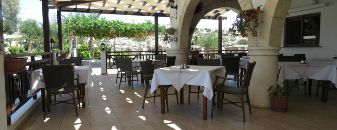 Evinos Taverna, таверна «Эвинос» в Айя-Напе