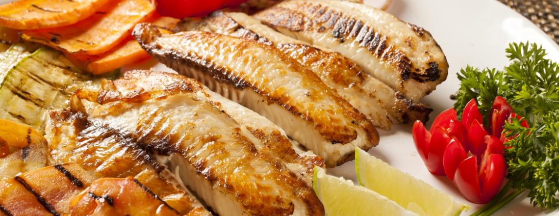 Miki's Tavern & Fish Restaurant, ресторан «У Мики» в Полисе