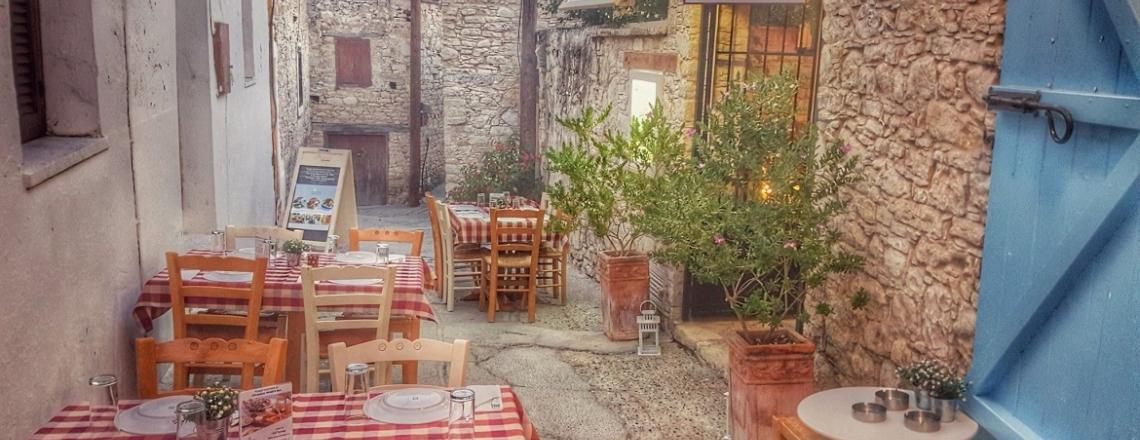 Katoi Restaurant in the Limassol suburbs
