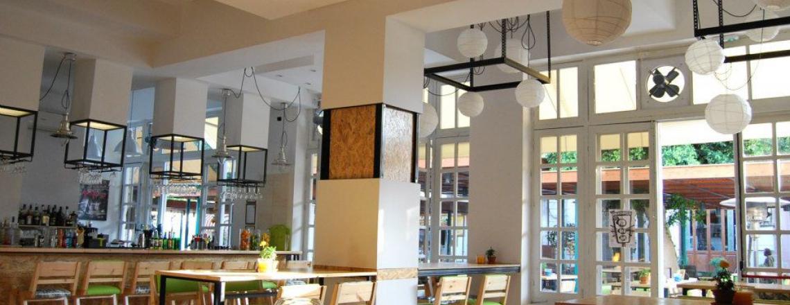 Sepia Lounge, «Сепия Лаундж», бар и ресторан традиционной кипрской кухни в Старом Городе, Лимассол