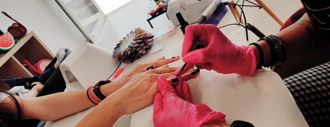 Студия маникюра Kalia's nails в Никосии