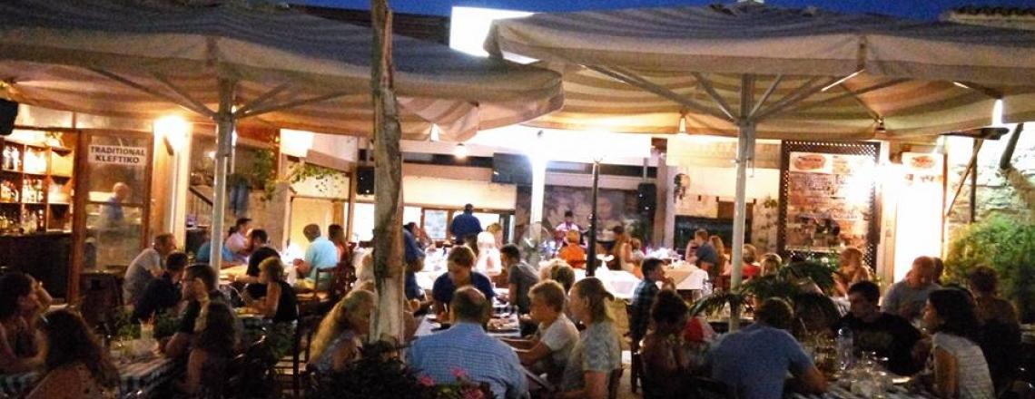 Таверна Platea Tavern в районе Писсури в Лимассоле