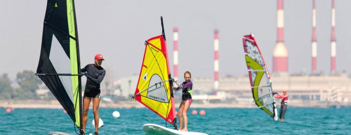 Vulcan windsurfing and kite-boarding station, сёрфстанция «Вулкан» в Ларнаке