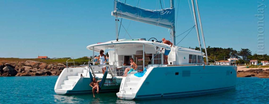 Diamond Day Yacht Rental