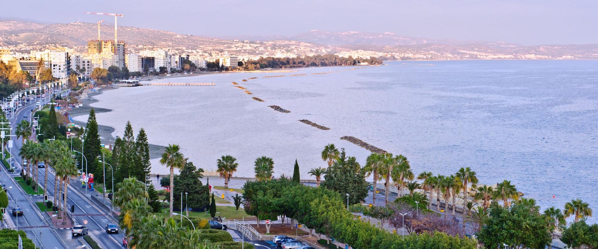Жизнь на Кипре в городе vs в деревне